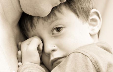 הלידה הסתבכה, התינוק נולד פגוע: מתי מומלץ לתבוע על רשלנות רפואית בלידה?