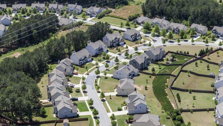 פחות מסים, יותר פיזור סיכונים: המודל שסחף 1,200 משקיעים ו-4,000 דירות