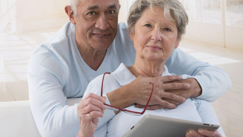 """""""עשרות זוגות משקפיים לא עזרו"""": הטכנולוגיה שמשנה את חייהם של כבדי הראייה"""