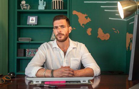 הכירו את האיש שמוכר את הדירות הכי נחשקות בתל אביב